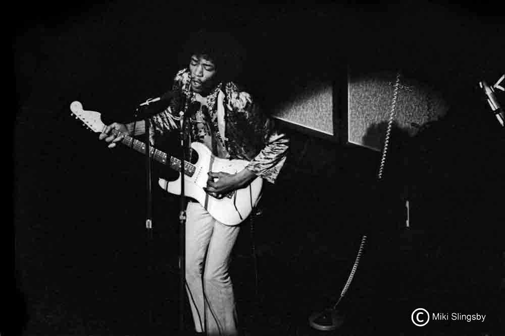 Londres (Saville Theatre) : 27 août 1967 890099209