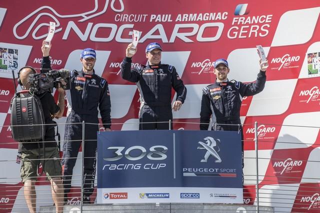 Carton Plein Pour La Peugeot 308 Racing Cup À Nogaro 89027858f5ba9c7f9b2