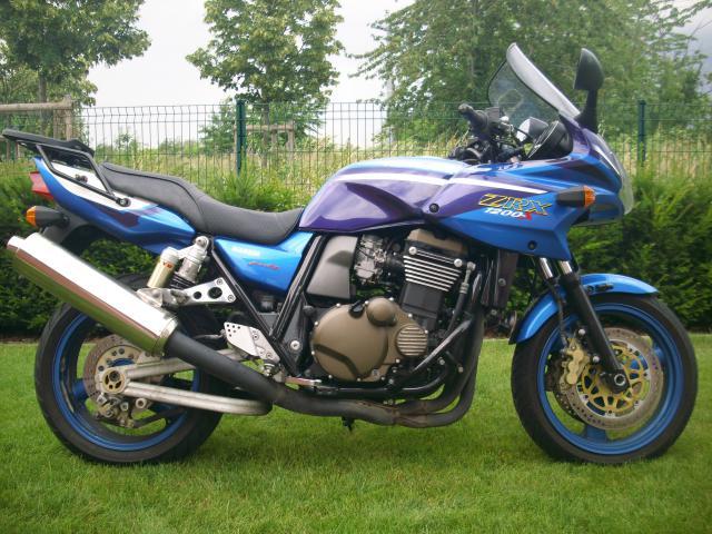 le topic des motos que vous avez possédées - Page 2 891074Achatdlamoto20068