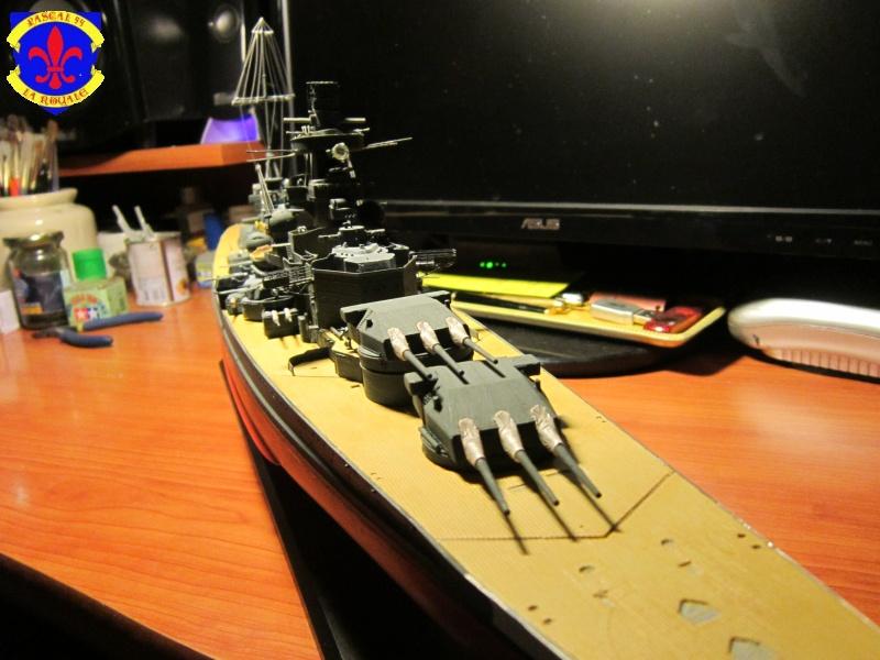 Croiseur de bataille Scharnhorst  au 1/350 de dragon - Page 7 893822IMG1396L