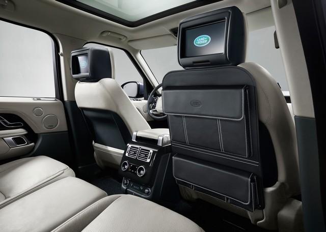 Le Nouveau Range Rover intègre dans sa gamme une motorisation essence hybride rechargeable 894462rr18mydetail10101706