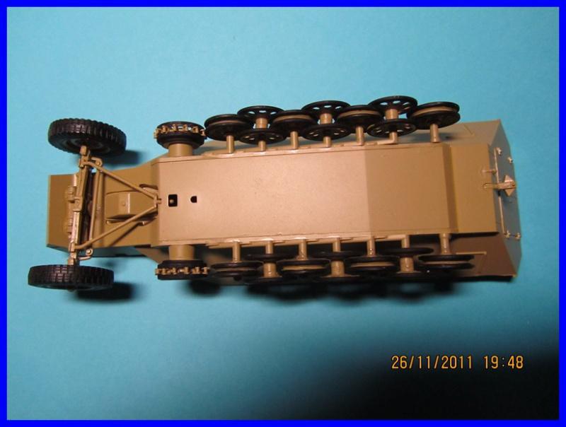 Mtl.SPW.Sd.Kfz.251/1Ausf.D mit Schwerer Wurfrahmen 40 STUKA ZU FUSS  1/35 de TAMIYA - Page 2 900826IMG0875800x600