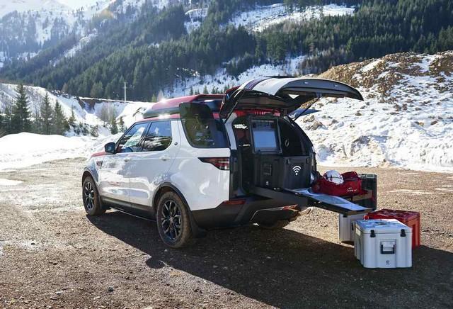 Project Hero, une version unique du nouveau Land Rover Discovery pour la Croix Rouge autrichienne  901418image2