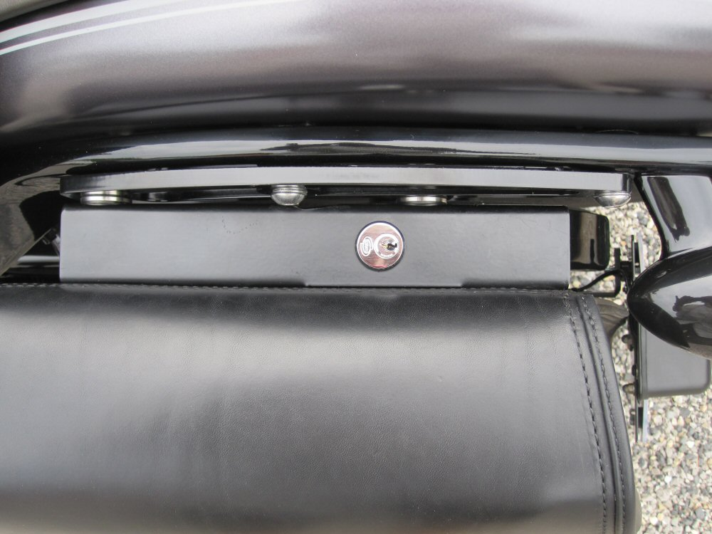 Softail Slim sous tous ses angles ! - Page 10 907433IMG1726