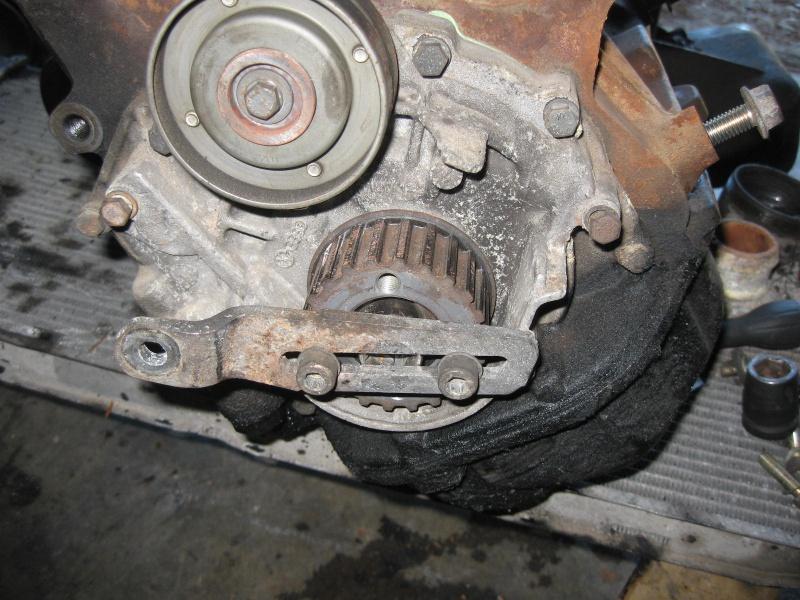 [Tuto] Remplacement moteur CP par un volvo (240) 908549IMG4786