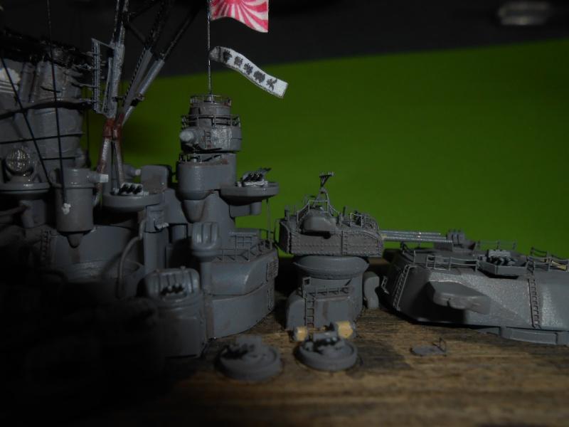 Yamato 1/700 fuji, PE,Pont en bois et babioles - Page 5 911876DSCN6266