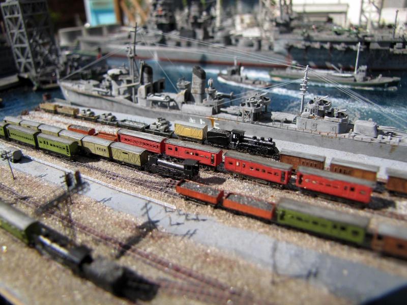 """""""RESEAU"""" TRAIN au 1/700 en photo-découpe 912718IMG0011"""