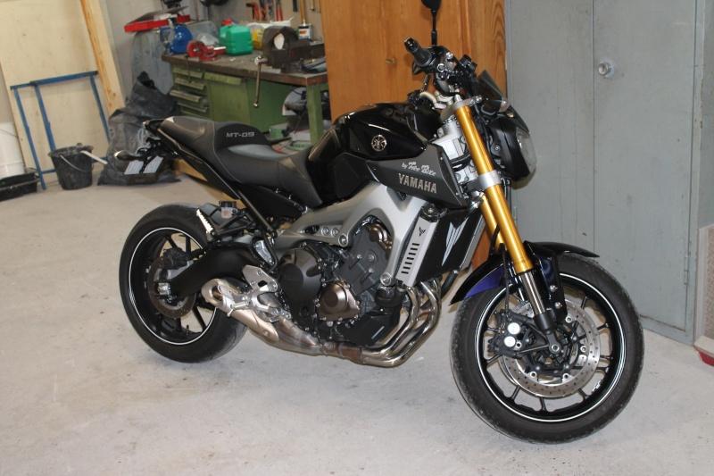 Photos de toutes les Yamaha MT-09 du forum ! :) 917748YKeiki