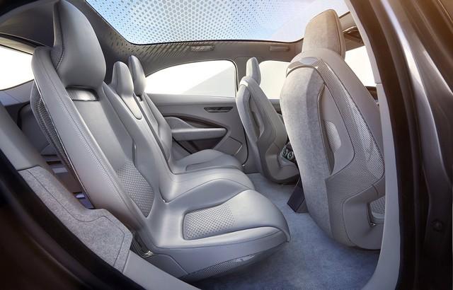 Jaguar Dévoile Le Concept I-PACE : Le SUV Électrique Performant 921431jaguarinterieuripaceplaces
