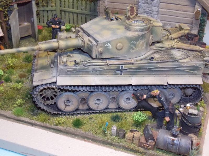 TIGRE S33  avant la bataille de Koursk juillet 43 (Dragon 1/35 dio DIODUMP) - Page 8 921729DSCN4745