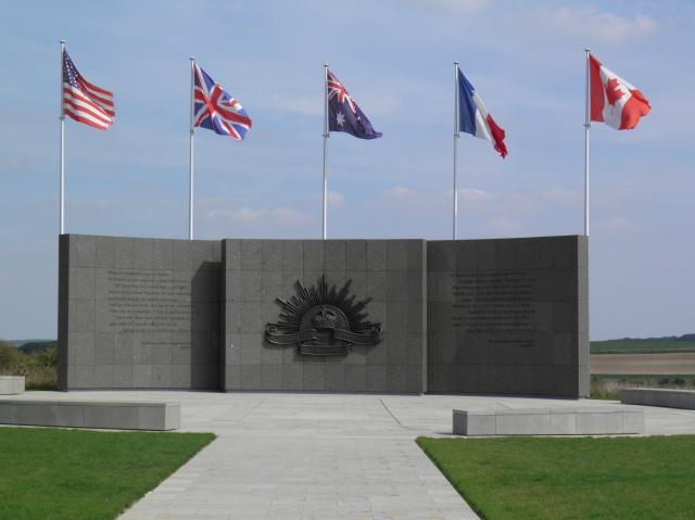 A la découverte des mémoriaux et cimetières militaires 922662P9040199