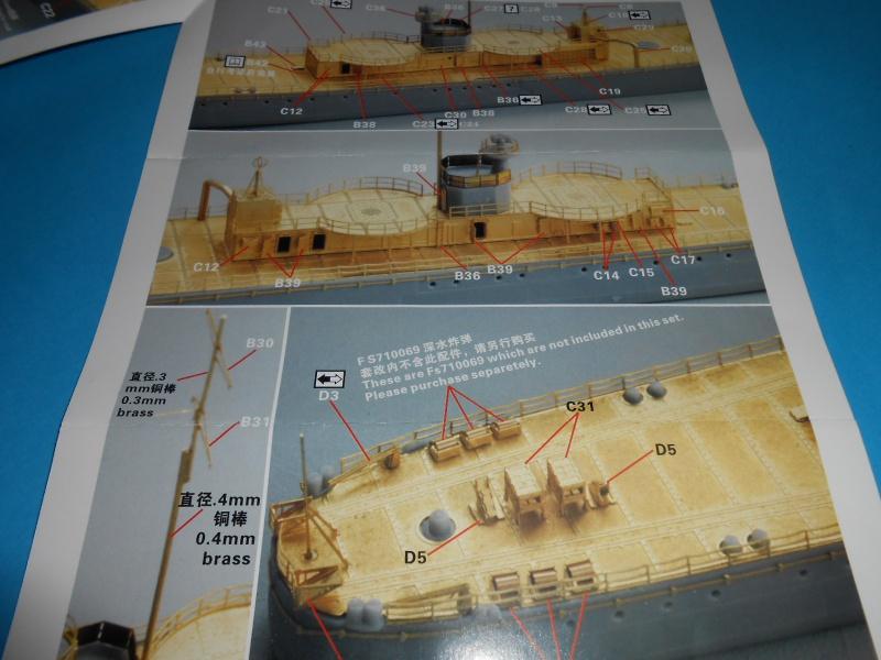 Kaga/Tenryu 1932 1/700 PE/Ponts en bois+Babioles 924649DSCN6958