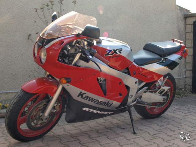 le topic des motos que vous avez possédées - Page 2 927272ZXrStingerH2de902