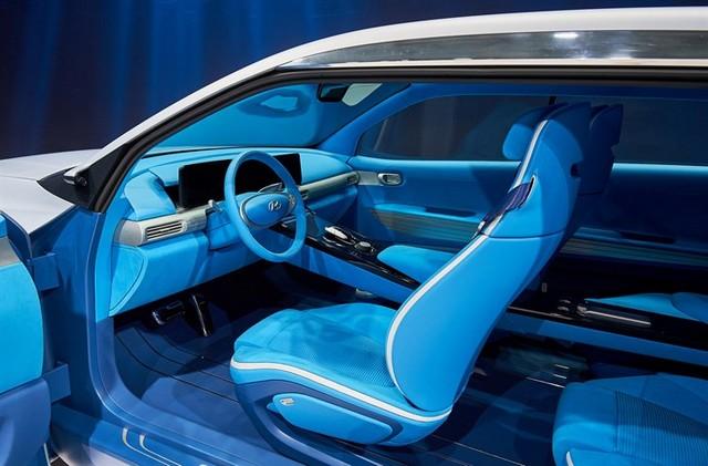 Hyundai a dévoilé son concept Fuel Cell nouvelle génération au salon de l'automobile de Genève 9281462017FEFuelCellConcept1