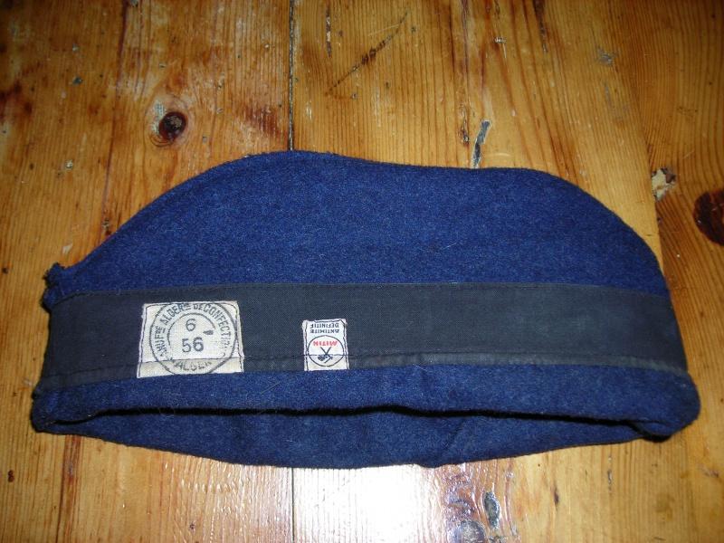 Les bonnets de police - Page 2 931467DSCN0728