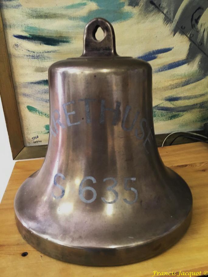 [Autres sujets marine] Les cloches de nos bâtiments (Armés et désarmés) - Page 3 932224IMG0395