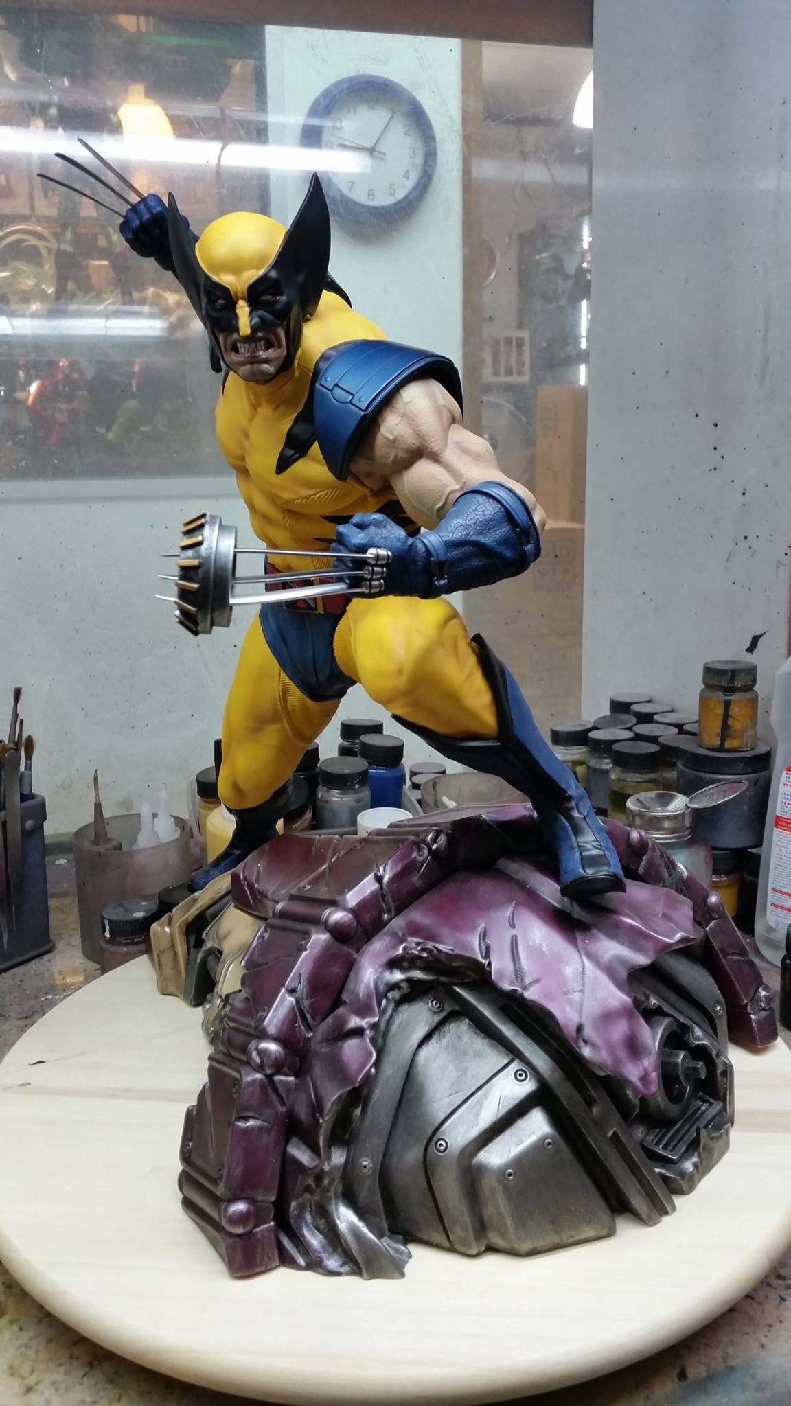Premium Collectibles : Wolverine - Comics Version - Page 2 934796105116641417109051843123994807946919196695o