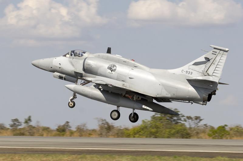 DOUGLAS A-4 SKYHAWK [NOUVELLE VERSION] 934946LockheedMartinA4ARFightinghawk4