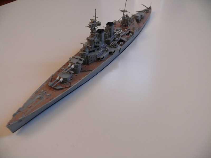 HMS Hood 1/700 Trumpeter 935942P1080020