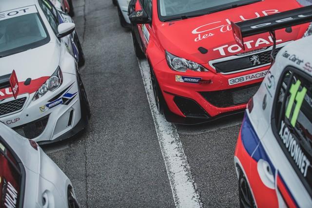 La Peugeot 308 Racing Cup Se Joue Des Conditions ! 938170595967bced48f