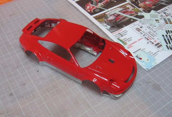 Les voitures jamais tout à fait terminées de chez Loulou..... - Page 5 939744PorscheGordon2003