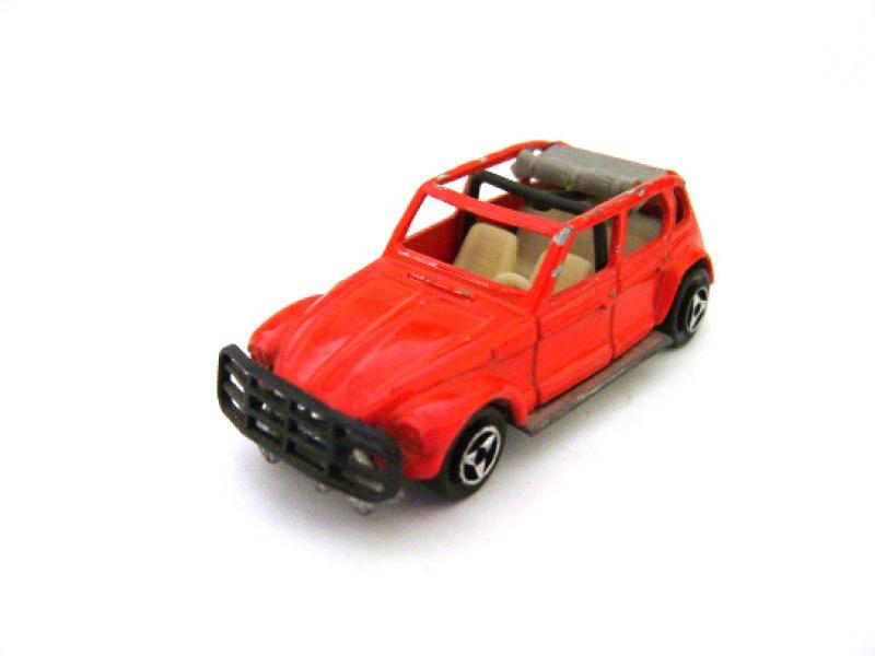 N°231 Citroën Dyane Safari 943194S4200026