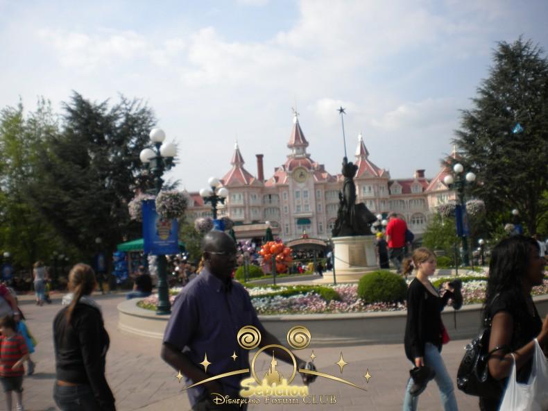 Disneyland Hôtel - Page 39 948684DSCN5580border