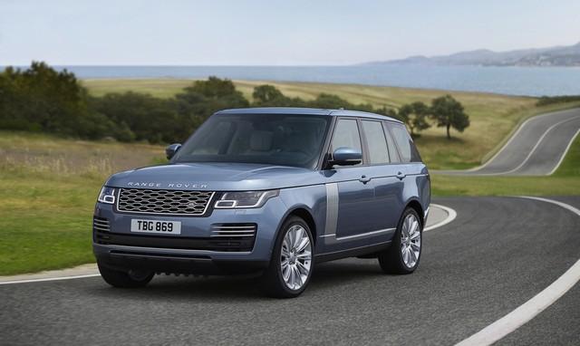 Le Nouveau Range Rover intègre dans sa gamme une motorisation essence hybride rechargeable 954219rr18myonroad10101701