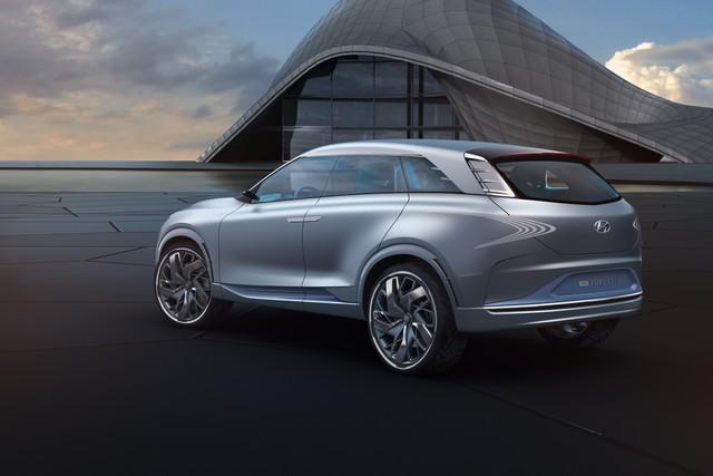 Hyundai a dévoilé son concept Fuel Cell nouvelle génération au salon de l'automobile de Genève 957570FEFuelCellConcept6