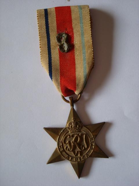 LES DÉCORATIONS AU CHOC 1943-1945. 957731Africastardemontovatreton