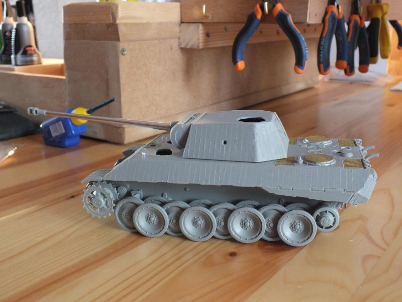 Panther Ausf D Dragon 1/35 avec Zimmerit réf. 6428 (FIN  DE PATINE , finitions lors de la  mise en place sur Dio) 959074DSCF5786