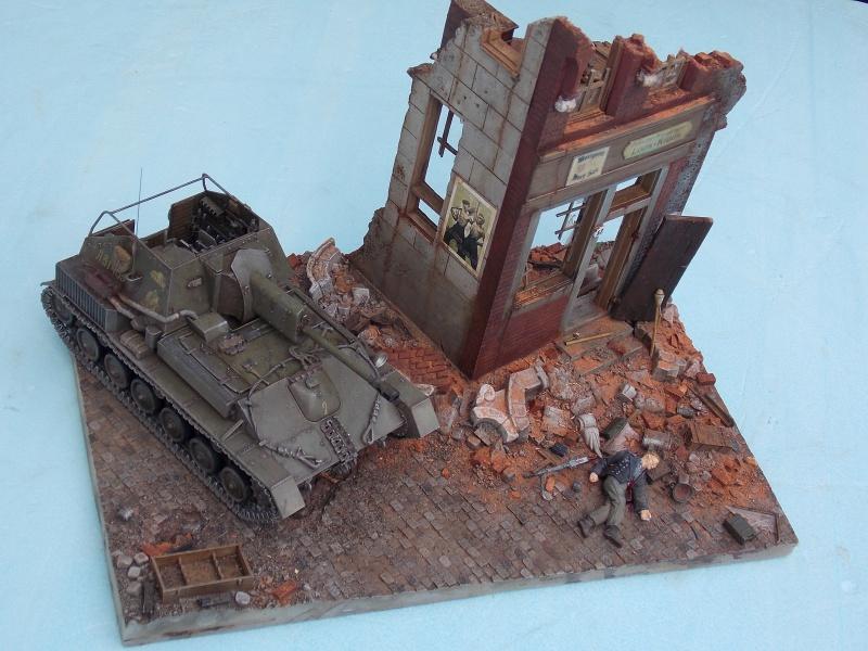SU 76 M Tamiya et ruine Verlinden 1/35 - Page 7 959332DSCN4444