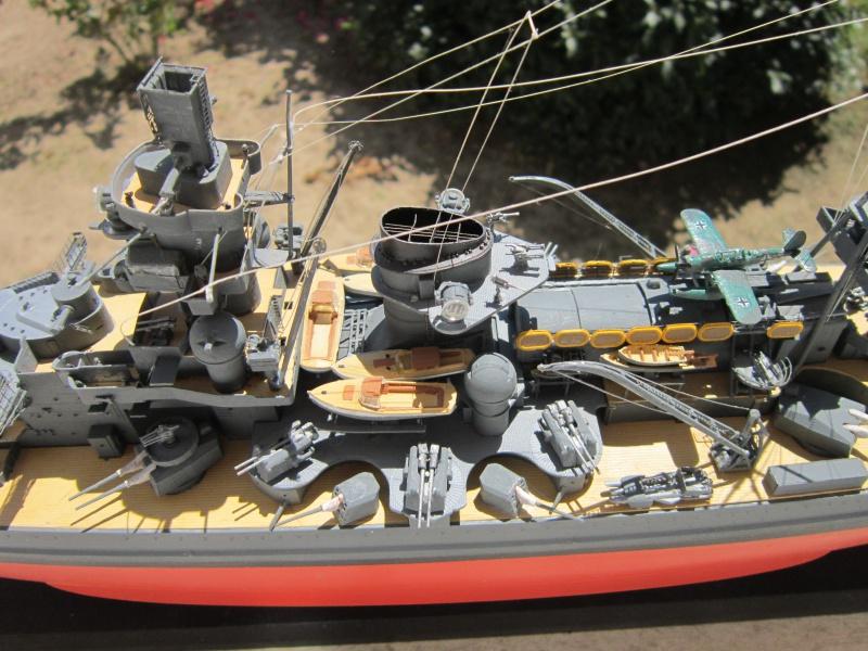 Croiseur de bataille Scharnhorst  au 1/350 de dragon - Page 9 963035IMG3155