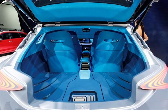 Hyundai a dévoilé son concept Fuel Cell nouvelle génération au salon de l'automobile de Genève 9729352017FEFuelCellConcept2
