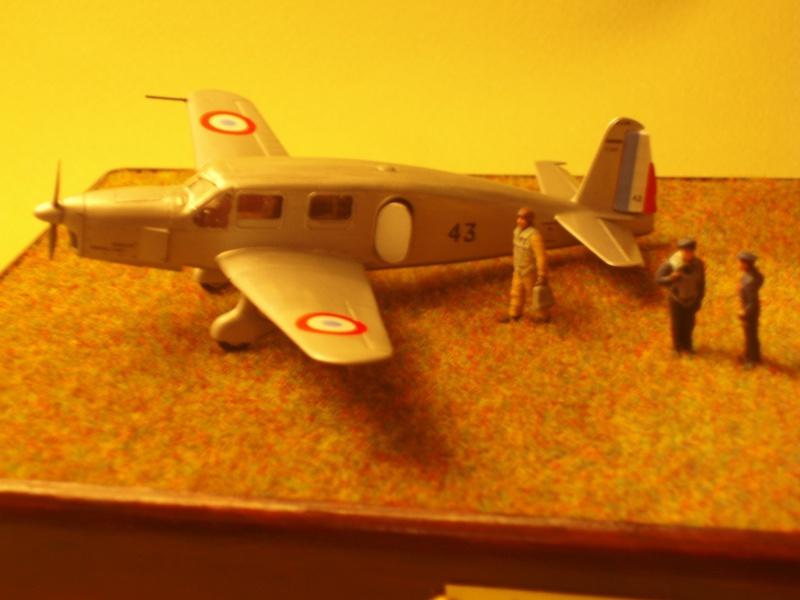 Diorama Caudron Simoun Armée de l'Air! 976247P1010348