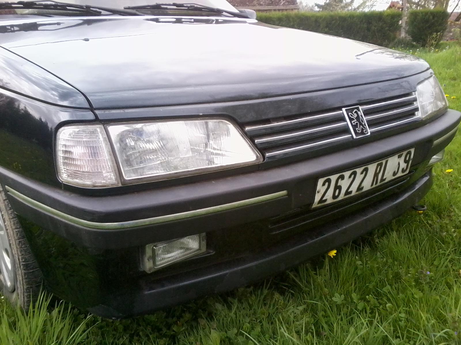 Présentation de ma nouvelle voiture, une Peugeot 405 Signature. 981261Photo0680