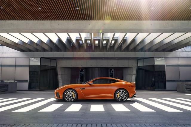 Nouvelle Jaguar F-TYPE SVR : La Supercar Capable D'atteindre 322 km/h Par Tous Les Temps 985864JAGUARFTYPESVR01COUPELocationLowRes