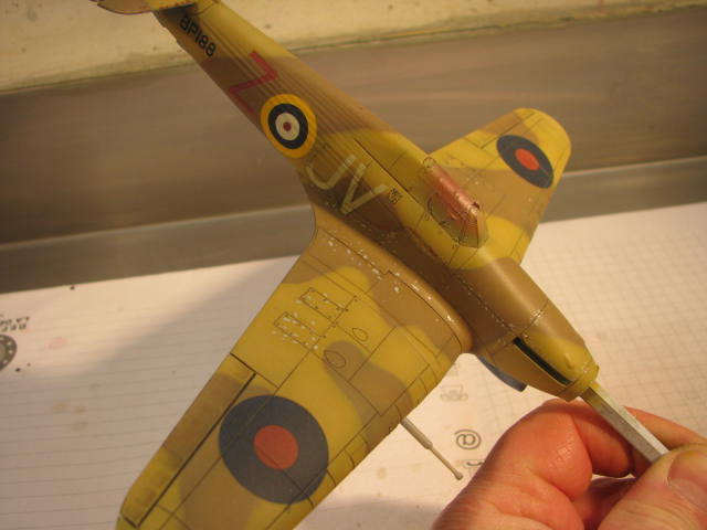 Hawker Hurricane Mk IId Trop 6 Sqn 1942 Hobbycraft 1/48.... Terminé! 990056IMG1137