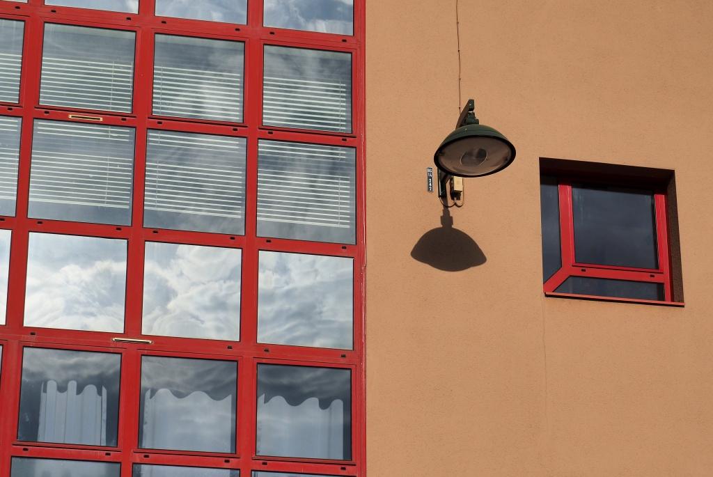 [Fil ouvert ] Fenêtres, volets, ouvertures... - Page 6 993220PA194115b