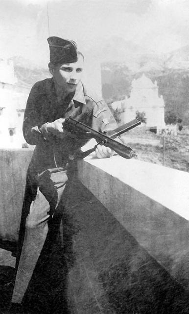 Recherche sur le bataillon de choc arrivé en Corse en 1943 , sous les ordres du commandant l'Herminier  993320deConchyYves