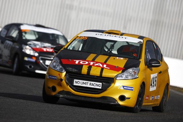 Rencontres Peugeot Sport - Quatre Titres Distribués A Nogaro ! 99394458289a35da353