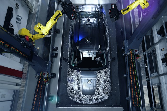 La future BMW Série 5 virtuelle  994788P90228105highResfullyautomatedopti
