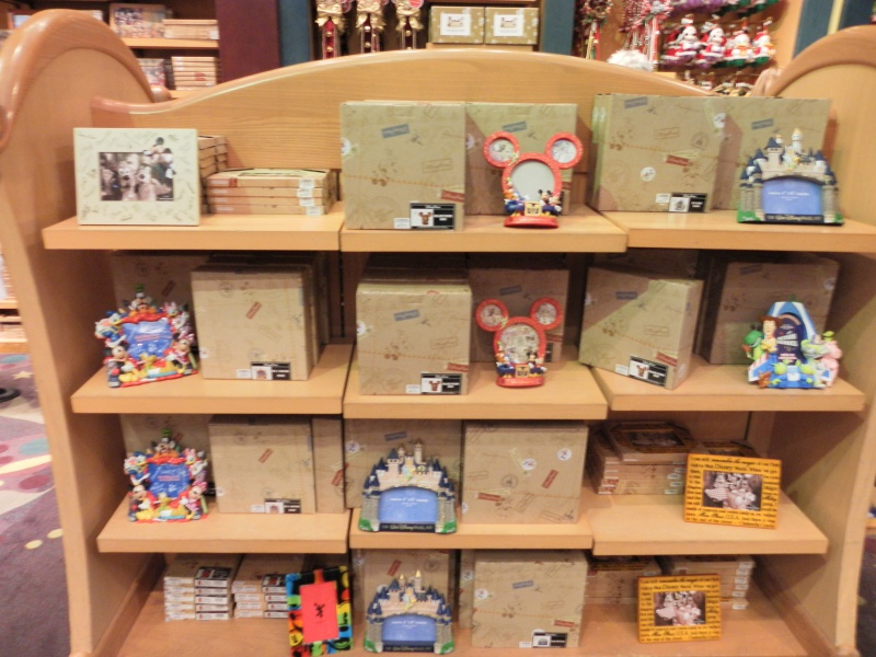 Les accros du shopping à Walt Disney world - Page 2 995119SAM4494