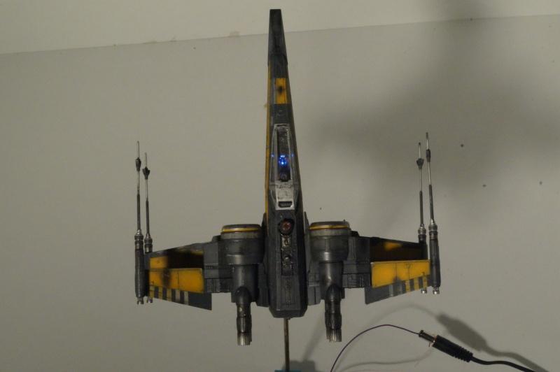 "X-Wing ""Resistance"" T-70 Bandaï 1/72 997125DSC01546"