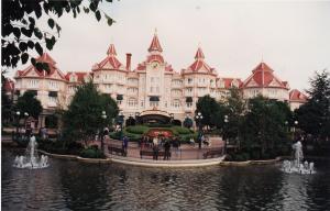 Vos vieilles photos du Resort - Page 15 Mini_207046H64
