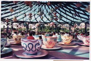 Vos vieilles photos du Resort - Page 15 Mini_222056M25