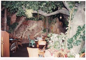 Vos vieilles photos du Resort - Page 15 Mini_269123A253