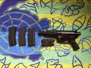 Mini M4 Stinger BW15 de chez King Arms Mini_269195bw152