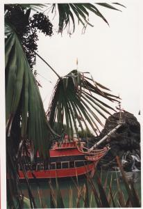 Vos vieilles photos du Resort - Page 15 Mini_290504A23