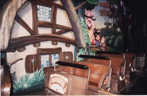 Vos vieilles photos du Resort - Page 15 Mini_300689M205
